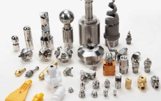 Industrial nozzles for cleaning